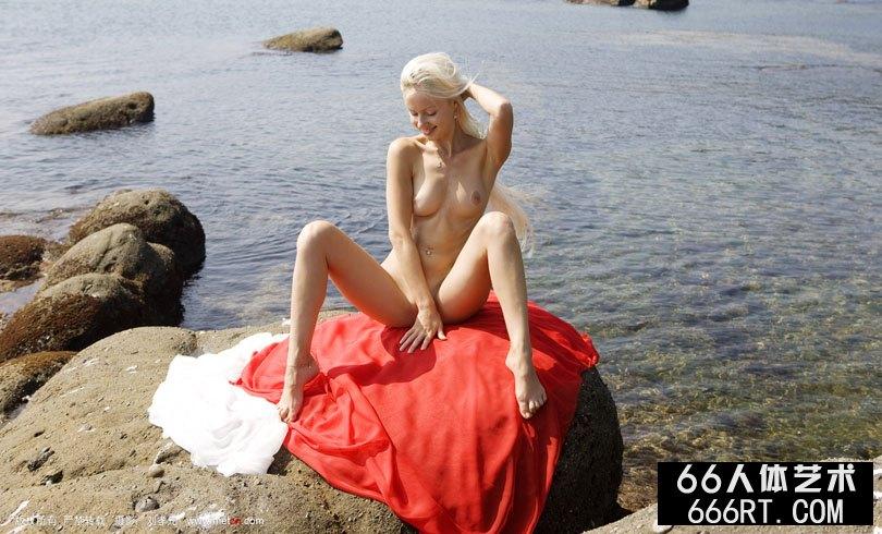 《金波》新模冬妮娅08年12月1日外拍
